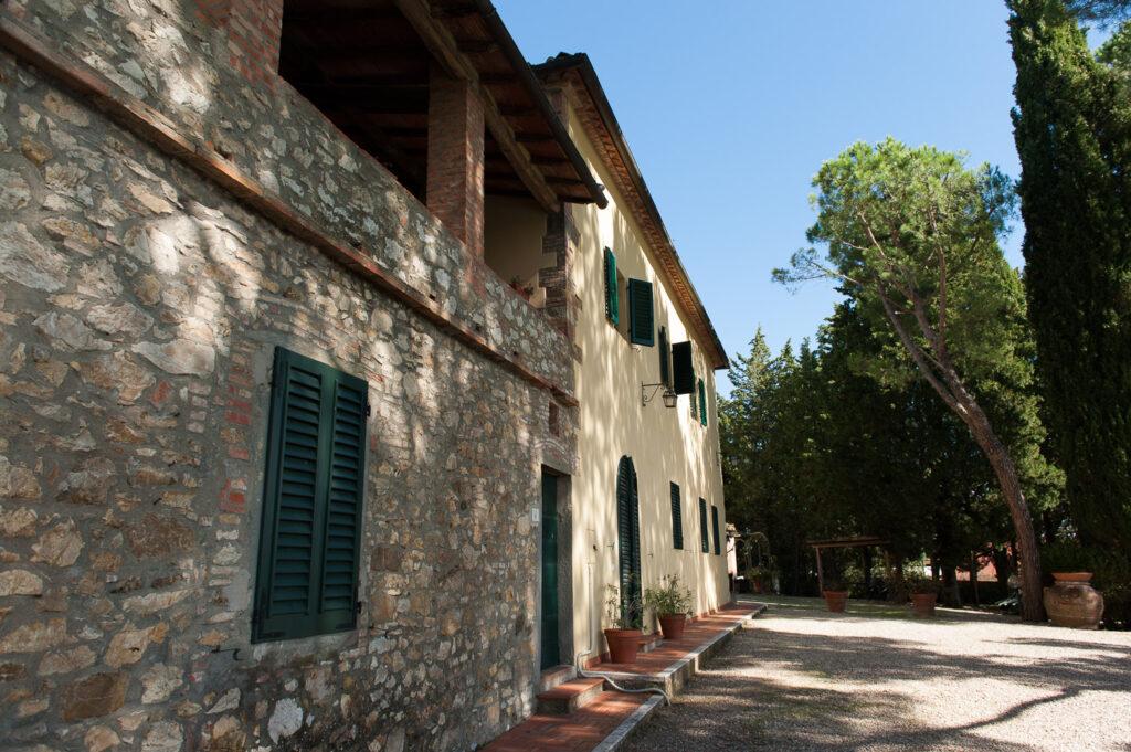 Villa_Giusterna-outside (1)